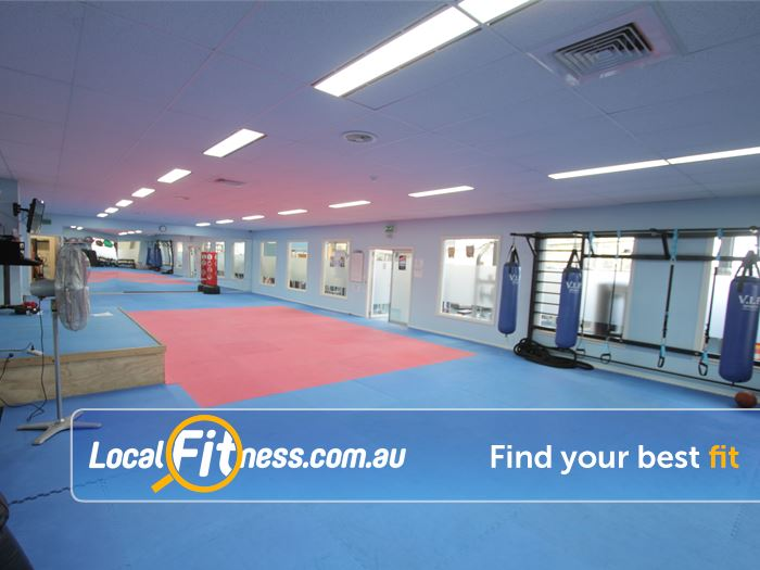 Rising Up Fitness Narre Warren Fully equipped boxing and TRX rigg.