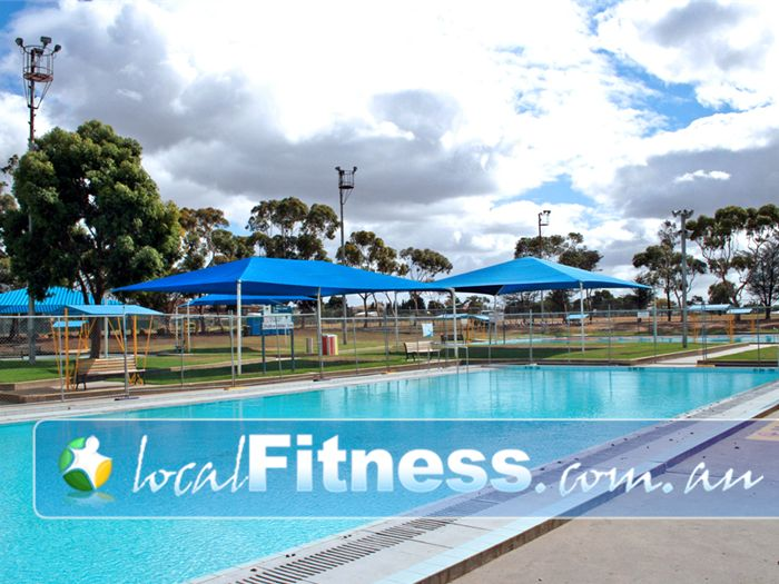 St Albans Leisure Centre Near Taylors Lakes Pefect for the summer season.