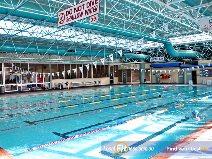 Reservoir leisure centre swimming pool near kingsbury 25m indoor reservoir swimming pool for Kingsbury swimming pool timetable