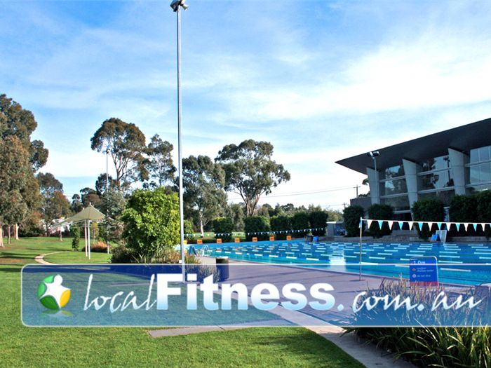 Monash Aquatic & Recreation Centre Glen Waverley Enjoy the outdoor swimming environment in Glen Waverley.