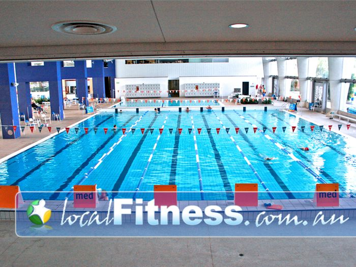 Monash Aquatic & Recreation Centre Swimming Pool Waverley Park  | Enjoy lap swimming in Glen Waverley.