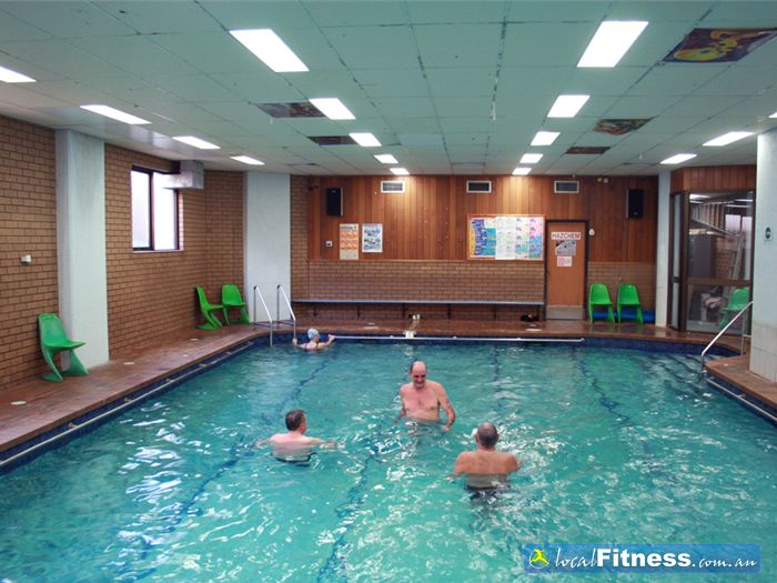 Montrose swimming pools free swimming pool passes swimming pool discounts montrose vic for Fitness centre with swimming pool