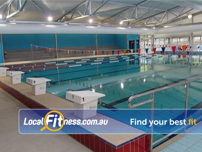 Vale swimming pool design decoration for Sport swimming pool design