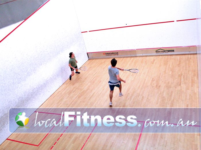 Diamond Valley Sports & Fitness Centre Near Montmorency 3 squash courts available for hire at the Diamond Valley Sport and Fitness Centre.