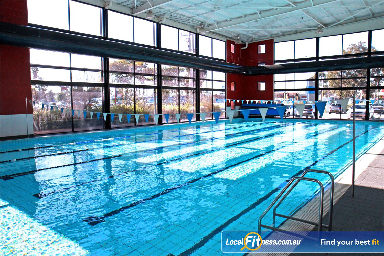 Goodlife Health Clubs Cannington The exclusive Cannington indoor swimming pool.