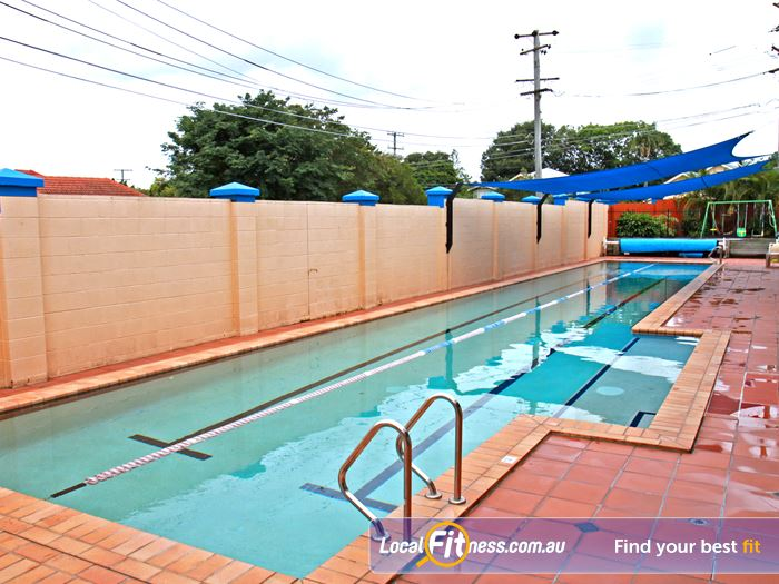 Goodlife Health Clubs Swimming Pool Kelvin Grove  | The Morningside swimming pool provides 2 lanes, perfect