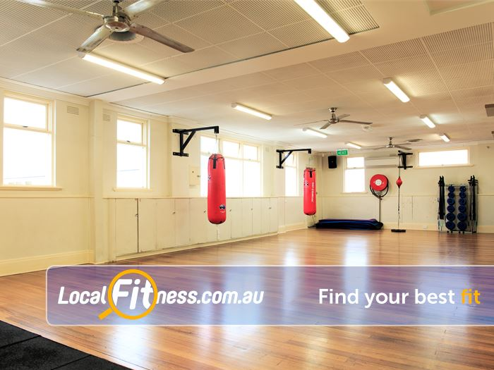 Fox Fitness Niddrie Gym Boxing Heavy punching bags, floor to